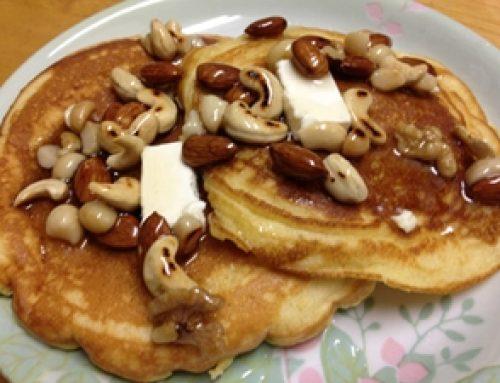 大豆粉のパンケーキ ハニーナッツのせ